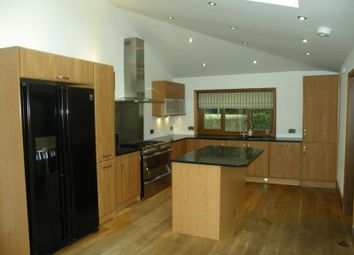 4 bed terraced house to rent in Osborne Place, Aberdeen AB25
