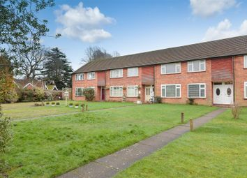 Thumbnail 2 bed flat for sale in Garratts Lane, Banstead