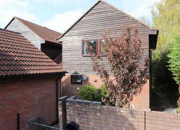 Norton Ride, Lychpit, Basingstoke RG24. 3 bed detached house