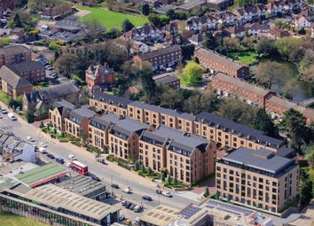 2 bed flat for sale in Stanhope House, 6 Quayle Crescent, Whetstone, London N20