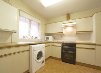 Thumbnail 3 bed town house to rent in Brushwood Close, Bow
