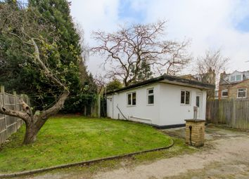 Thumbnail Studio to rent in Mountfield Road, Finchley