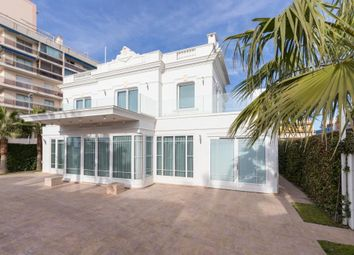 Thumbnail 4 bed villa for sale in 06220 Vallauris, Juan Les Pins, Alpes-Maritimes, Provence-Alpes-Côte D'azur, France