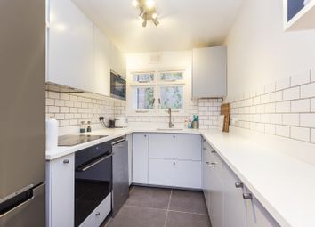 Thumbnail 2 bed flat for sale in Lordship Park, Stoke Newington