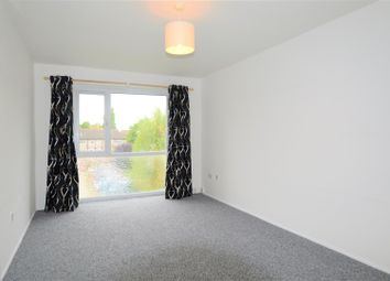 Thumbnail 1 bed property to rent in Dellow Close, Ilford