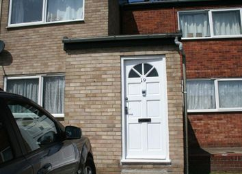 2 bed flat to rent in Lugar Close, Colchester CO4