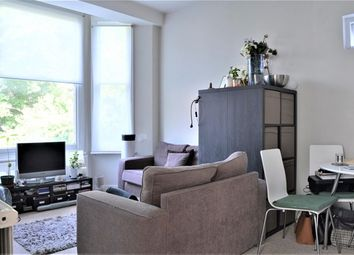 Thumbnail 1 bed flat to rent in Canfield Gardens, London