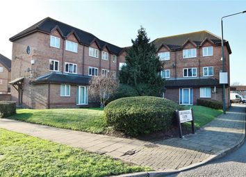 Thumbnail 1 bedroom flat for sale in Frobisher Road, Erith, Kent