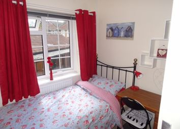 Thumbnail 4 bed flat to rent in Wide Lane, Southampton