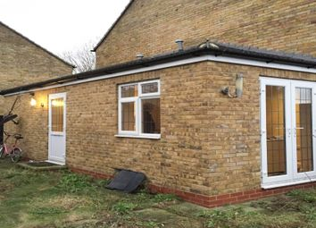 Thumbnail Studio to rent in Bysouth Close, Ilford