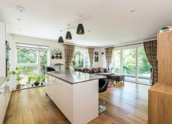 Thumbnail 3 bed flat to rent in Green Dale, Denmark Hill, London