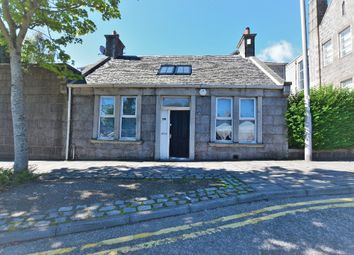 4 bed semi-detached house to rent in Skene Square, Rosemount, Aberdeen AB25