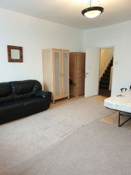 3 bed maisonette to rent in Anerley Road, London, Greater London. SE19