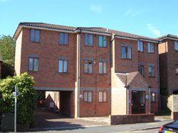 Thumbnail Studio to rent in Essex Road, Watford