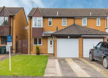 3 bed semi-detached house for sale in Hambleside, Bicester OX26