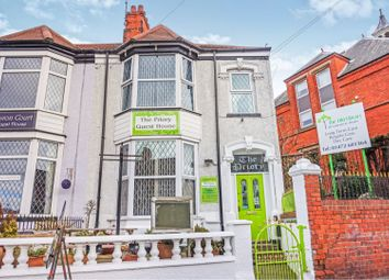 Thumbnail 10 bed terraced house for sale in 2 Isaacs Hill, Cleethorpes