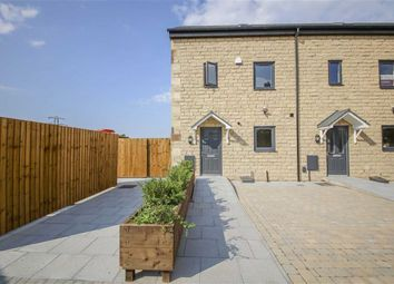 Thumbnail 4 bed town house for sale in Corn Mill Mews, Clayton Le Moors, Lancashire