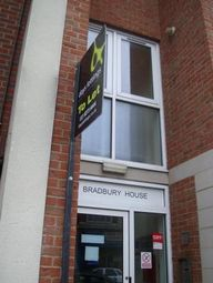 Thumbnail 2 bedroom flat to rent in Kingston Road, Portsmouth