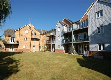 Thumbnail 2 bed flat for sale in Ebberns Road, Apsley