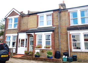 Thumbnail 2 bed property to rent in Foxbury Road, Bromley