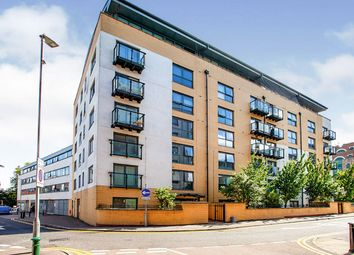 Queens Gate, 2 Lord Street, Watford, Hertfordshire WD17. 2 bed flat for sale