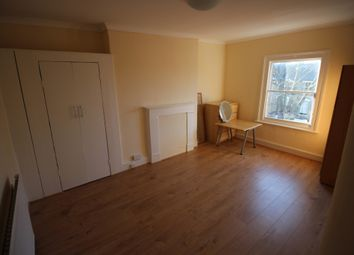 Thumbnail 1 bed flat to rent in Cazenove Rd, London