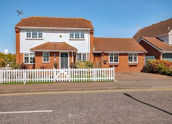 Thumbnail 4 bed detached house for sale in Douglas Drive, Wickford