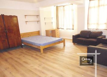 Thumbnail 3 bed flat to rent in |Ref: 2/66|, Portswood Road, Southampton