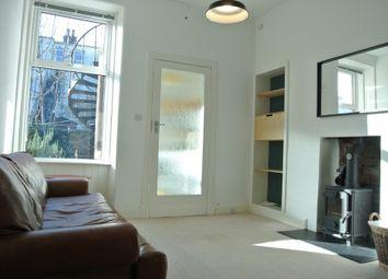 2 bed flat to rent in Glenlee Gardens, Willowbrae, Edinburgh EH8