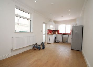 Thumbnail Room to rent in Malefant Street, Roath, Cardiff