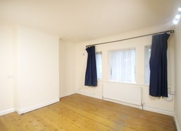 Thumbnail 2 bed flat to rent in Ringers Road, Bromley