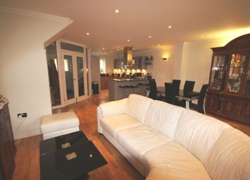 Thumbnail 5 bed terraced house to rent in Tallow Road, Brentford, London