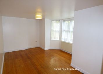 2 bed maisonette to rent in Ranelagh Road, Ealing W5