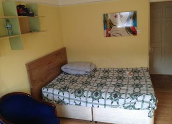 Thumbnail Studio to rent in Seagrave Road, West Brompton/Fulham