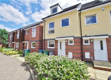 4 bed terraced house to rent in Raven Close, Watford, Watford WD18