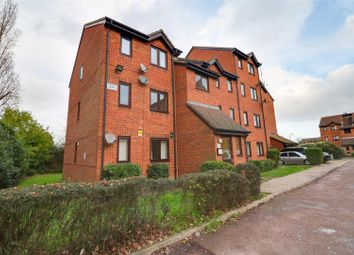 1 bed flat for sale in Porter Close, Grays RM20