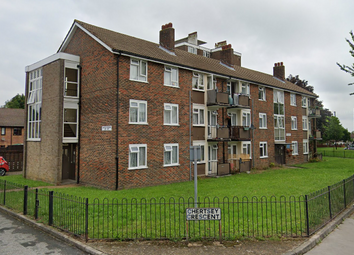Thumbnail 1 bed flat to rent in Chertsey Crescent, New Addington