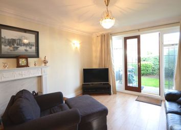Thumbnail 2 bedroom town house to rent in Lower Cookham Road, Maidenhead