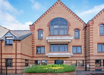 2 bed flat for sale in Whyteleafe Hill, Surrey, Whyteleafe CR3