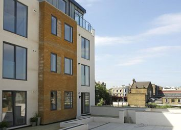 Thumbnail 1 bed flat to rent in Valentia Place, London