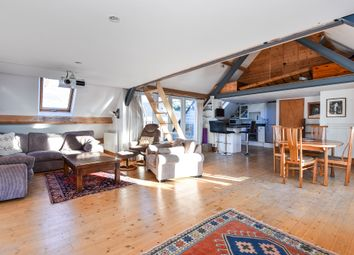Thumbnail 3 bedroom flat for sale in Lansdown, Stroud
