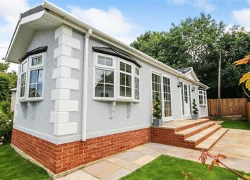 2 bed mobile/park home for sale in Newlands Park, Bedmond Road, Abbots Langley, Hertfordshire WD5