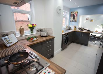 Thumbnail 6 bed terraced house to rent in Upperton Road, Leicester