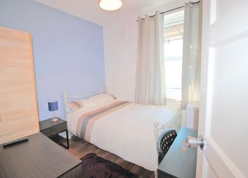 Thumbnail Room to rent in Spicer House, Turin Street, Room To Let