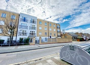 1 bed property to rent in 39 Windmill Lane, London E15