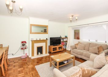 Thumbnail 2 bed flat for sale in 3 Buckingham Court, Chestnut Lane, Amersham, Buckinghamshire