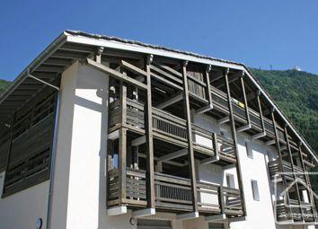 Thumbnail 2 bed apartment for sale in Rhône-Alpes, Haute-Savoie, Chamonix-Mont-Blanc