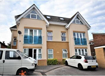 Thumbnail 2 bed flat to rent in 117-119 Millbrook Road East, Southampton