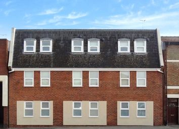 1 bed flat to rent in Vectis Court, 4-6 Newport Street, Swindon, Wiltshire SN1