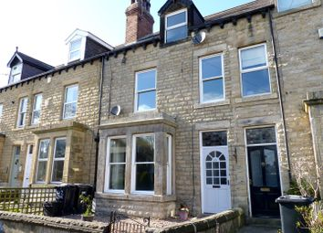 2 bed flat to rent in Hookstone Road, Harrogate HG2